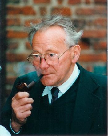 Prof. Herbert Ewe